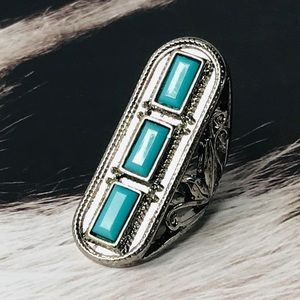 Jewelry - Silver and Turquoise Boho Native Ring Size 5